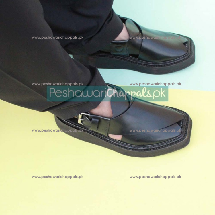 Completely Hand Stitched Iconic Black Kaptaan Chappal