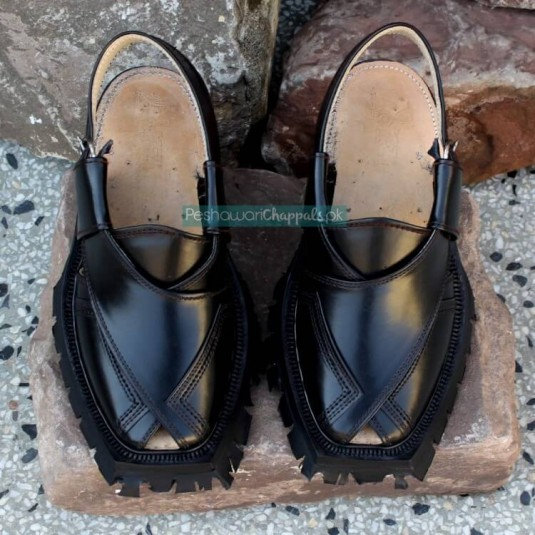 Quetta Norozi Shikari Black Leather Chappal